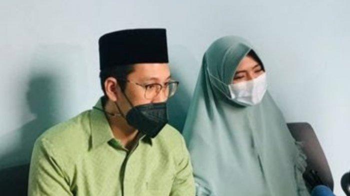 Marlina Octaria Kawuwung ungkap perbuatan Ayah Taqy Malik terhadap dirinya.