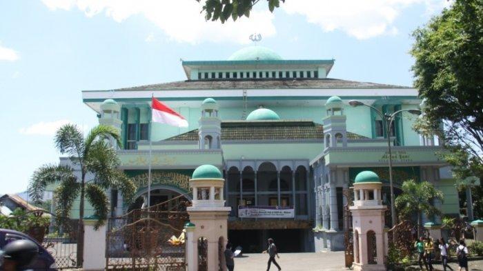 Masjid Ahmad Yani Miliki Chamber Antiseptik, Syuaib : Antiseptik Ini Tak Ada Efek Bagi Kulit