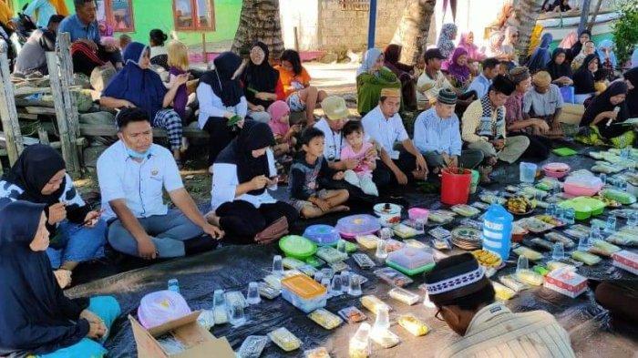 Melihat Tradisi Tahunan Warga Kecamatan Tomini Bolsel, Gelar Do'a Barjanji dan Mandi Syafar