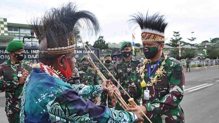 Cara Mayjen TNI I Nyoman Berhasil Bujuk KKB Papua Kembali ke NKRI, Ada 'Kata' yang Luluhkan Hati OPM