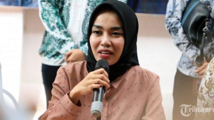 Medina Zein Jadi Korban KDRT, Tulis Pesan Ini untuk Suami