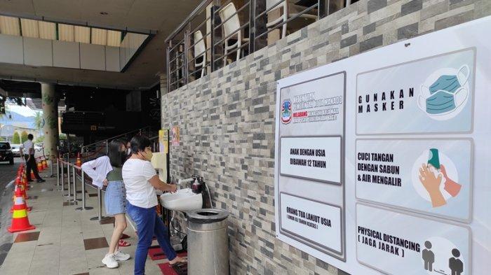 Megamall Manado menerapkan protokol kesehatan dalam rangka mencegah Covid-19.