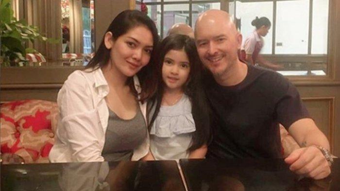 Potret Melina Istri Alex Tian, Lebih Cantik dari Sang Mantan Olla Ramlan, Tapi Tetap Akur