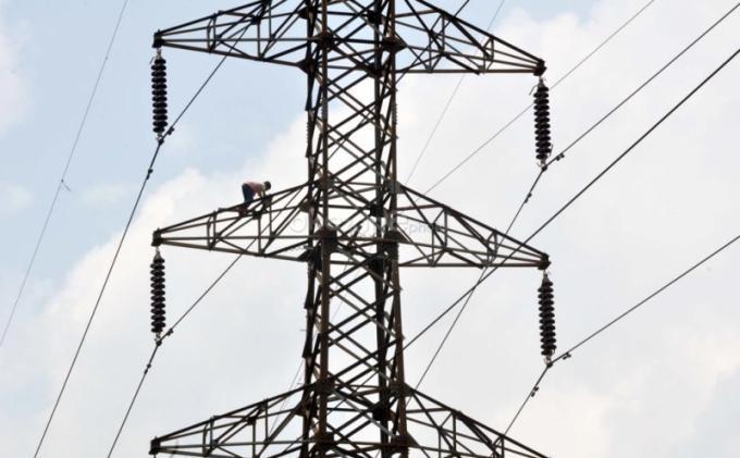 Bocah 12 Tahun Terseret Kabel SUTET Setinggi 30 Meter, Lalu Terjatuh