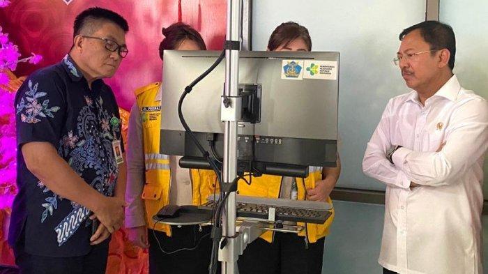 Menkes Cek Pasien Diduga Terpapar Virus Corona di RSUP Kandou, Terawan: Dia Rela Diperiksa Terus