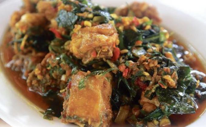 Pedas Dan Nikmat Ayam Bumbu Rw Ini Resepnya Tribun Manado