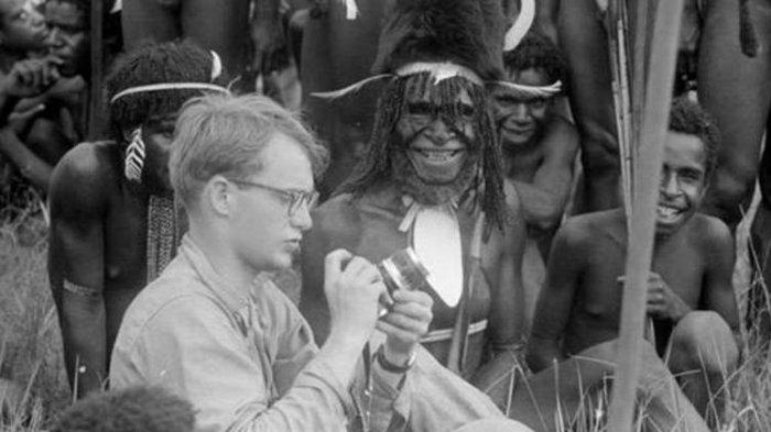 Sosok Michael Rockefeller, Fotografer Hilang di Hutan Papua, Diduga Jadi Makanan Suku Kanibal