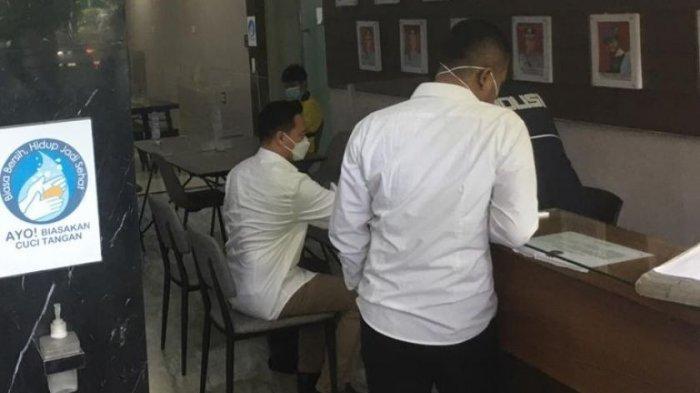 Michael Yukinobu de Fretes tersangka kasus video syur Gisel hadiri pemeriksaan polisi