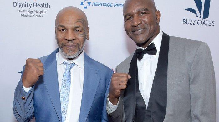 Rencana Duel Evander Holyfield Vs Mike Tyson, The Real Deal yang Selalu Menang Lawan Si Leher Beton
