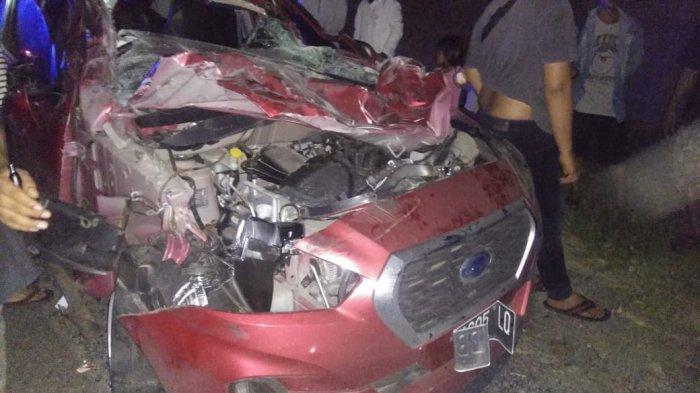 BREAKING NEWS: Lakalantas di Jalan Ringroad, Mobil Datsun Ringsek