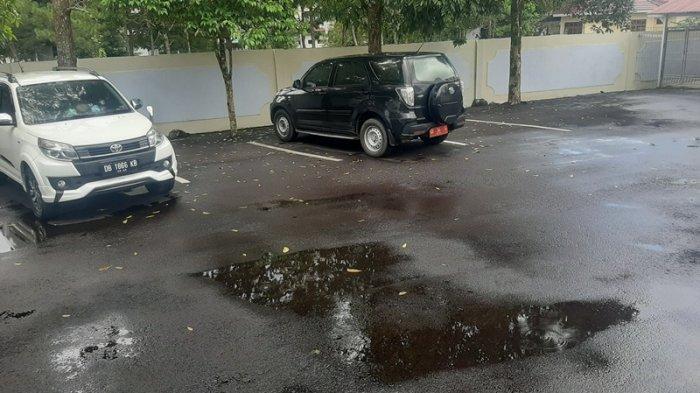 Mobil Dinas Milik Pemkot Tomohon Parkir di Halaman Belakang Kejari, Ini Penjelasan Kabag Hukum
