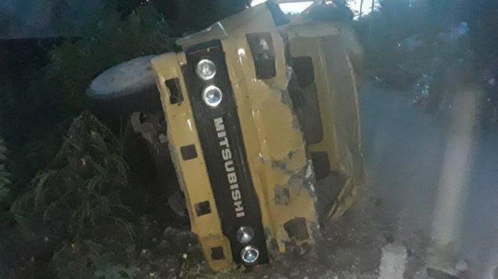 Kecelakaan Maut, 3 Orang Tewas, Truk 20 Penumpang Terbalik, Ban Kiri Tiba-tiba Terlepas saat Melaju