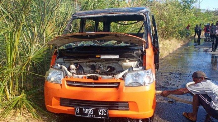 Mobil Pos yang Bawa Dana Bansos Terbakar, Uang Tunai Rp 840 Berhasil Diselamatkan