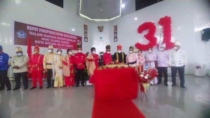 Momen HUT Ke-31 Bitung, Maurits Mantiri dan Hengky Honandar Beri Apresiasi ke Pemimpin Terdahulu