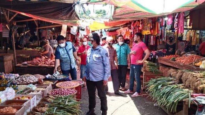 Jelang Pengucapan Syukur, Direktur PD CWE Monitoring Penataan Pasar Amurang