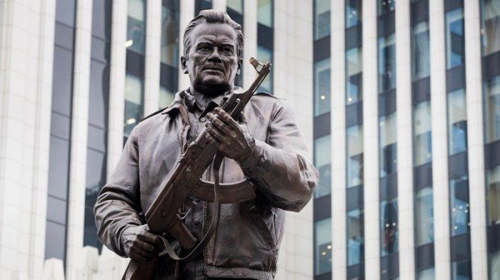 Rusia Dirikan Monumen untuk Penemu Senapan AK-47