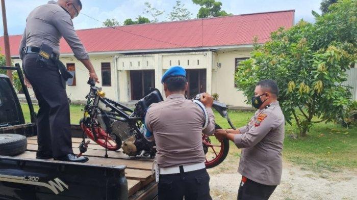 Kecelakaan Lalu Lintas di Talaud, 2 Remaja Tabrak Trotoar Jalan