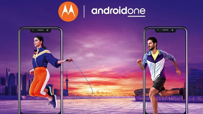 2 Ponsel Android One Motorola Resmi Meluncur