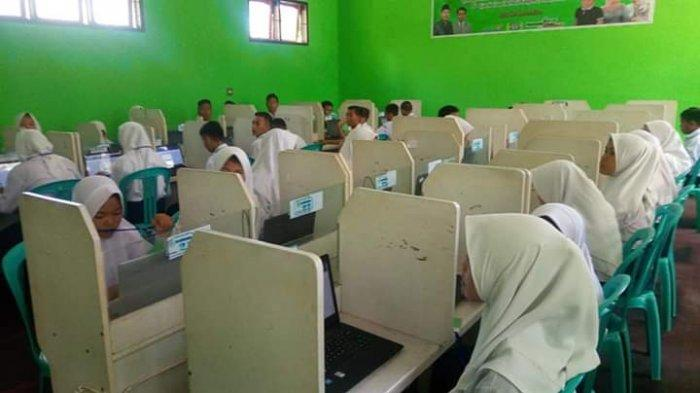 MTsN 1 Bolmong Ikutkan Empat Madrasah Swasta dalam UNBK