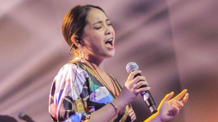 Hadir di Konser Dekade Afgan, Tas Mini Nagita Slavina Jadi Sorotan Hingga Dikomentari Olla Ramlan