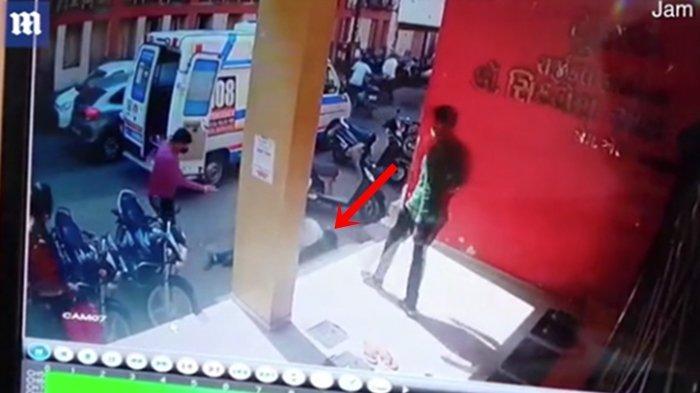 VIDEO Detik-detik Nakes di India Tewas Serangan Jantung saat Giring Pasien Covid, Tiba-tiba Tumbang