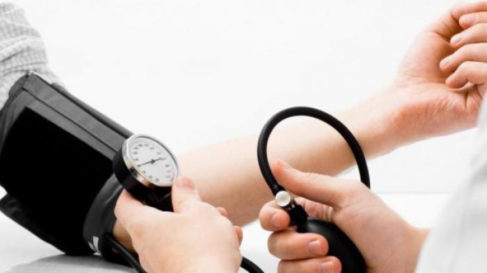 CARA Penanganan Hipertensi atau Tekanan Darah Tinggi Agar Tidak Terjadi Komplikasi