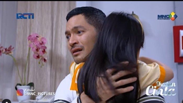 Bocoran Ikatan Cinta 30 Agustus 2021: Nino Menangis Minta Maaf ke Reyna, Singgung soal Karma