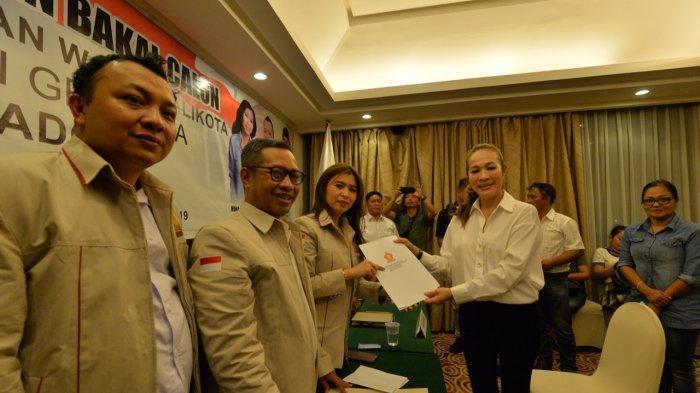Nova Sumolang Coba Ciptakan Sejarah Wali Kota Perempuan Pertama di Manado