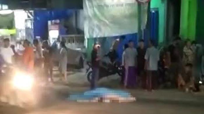 Kecelakaan Maut Pukul 19.00 WIB, Istri yang Dibonceng Suami Tewas Tertabrak Truk, Korban Mau Nyalip