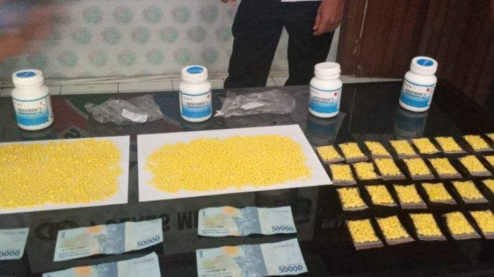 FM Edarkan3.600 Butir Obat Terlarang di Minahasa