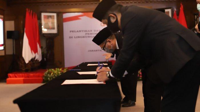 Darwisman Resmi Jabat Kepala OJK Suluttenggomalut
