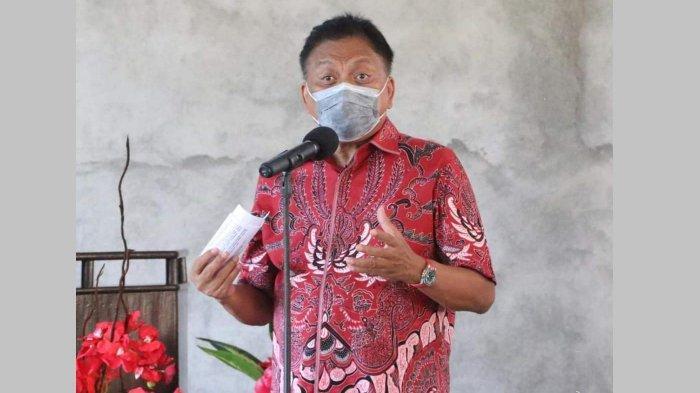 Olly Dondokambey ketika meresmikan sekretariat Militan Imba di Kawasan Mega Mas Manado, Selasa (6/9/2020)
