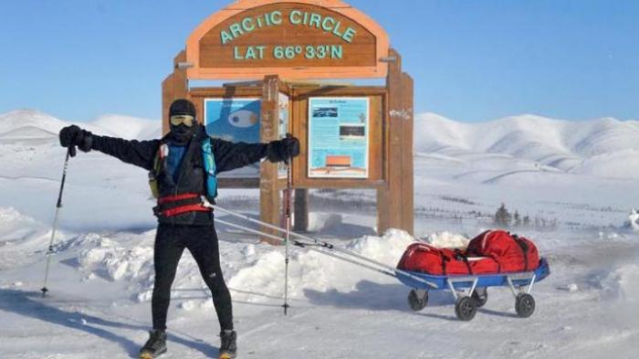 Keren! Inilah Orang Indonesia Pertama yang Berlari di Kutub Utara