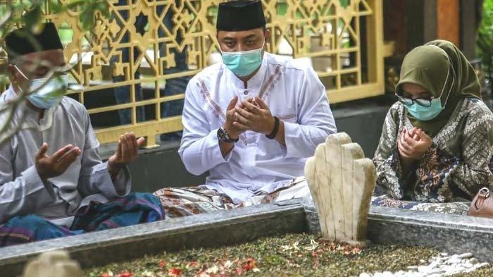 ILUSTRASI - Bacaan Tahlil singkat dan Doa Arwah. Panduan Ziarah Kubur jelang Puasa Ramadhan 2021.