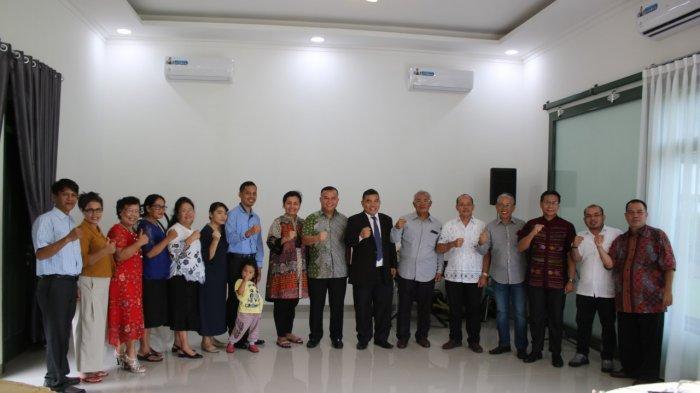 Pangdam Merdeka Pamitan di Audiensi Jemaat Gereja HKBP Manado