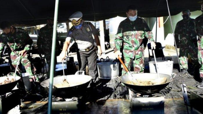 Pangdam XIII/Merdeka Unjuk Kebolehan Memasak di Dapur Umum TNI-Polri