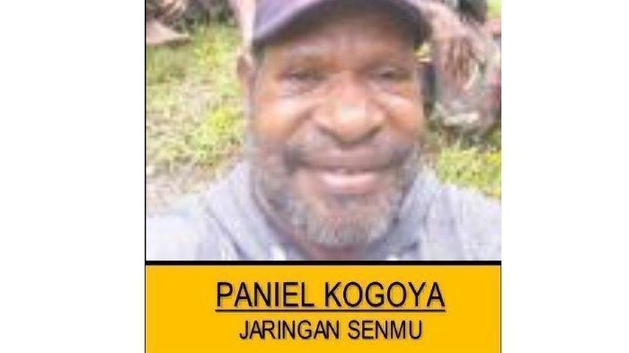 Paniel Kogoya, <a href='https://manado.tribunnews.com/tag/pencari' title='pencari'>pencari</a> <a href='https://manado.tribunnews.com/tag/senjata' title='senjata'>senjata</a> untuk diberi dan dijual kepada <a href='https://manado.tribunnews.com/tag/kkb-papua' title='KKBPapua'>KKBPapua</a>.