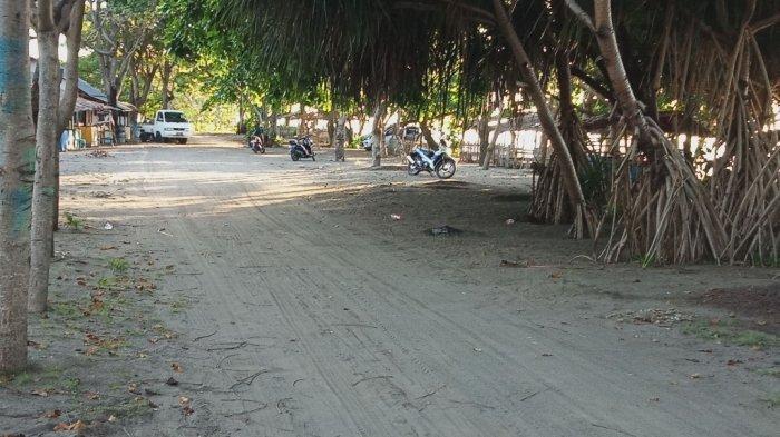 Warga Padati Pantai Lolak, 'Ini Tes Bagi New Normal'