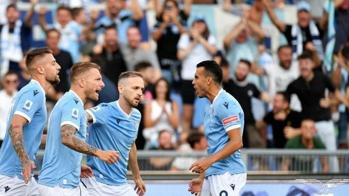 Para pemain Lazio merayakan gol ke gawang Spezia pada giornata kedua Liga Italia 2021-2022, Sabtu (28/8/2021) malam. Lazio sukses meraih kemenangan telak 6-1.