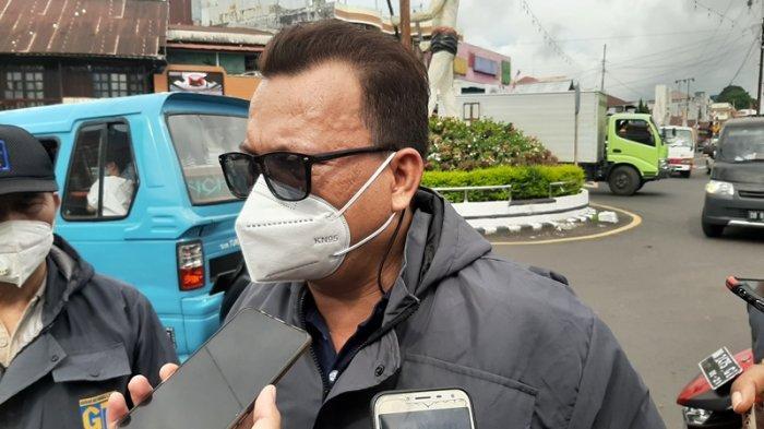 Gerakan Muda Lasut Bagikan 1000 Hand Sanitizer dan 2 ribu Masker di Kota Tomohon