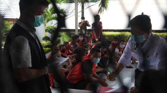 BERITA FOTO, Proses Pemindahan Tahanan di Rutan Malendeng Kota Manado