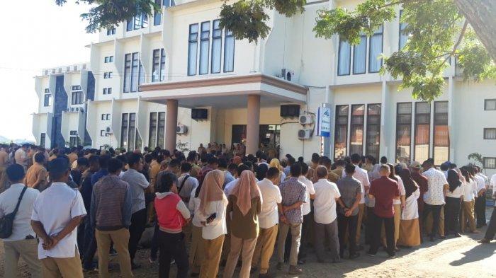 Pemerintah Pusat Hapus Tenaga Honorer, Kadis Dikbud: Kami Rekrut Tenaga Honorer Karena Kebutuhan