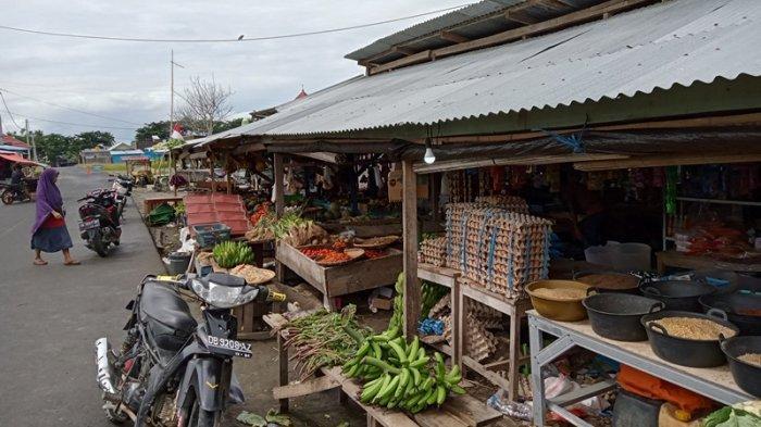 Harga Tomat Naik di Pasar Kotabunan Boltim