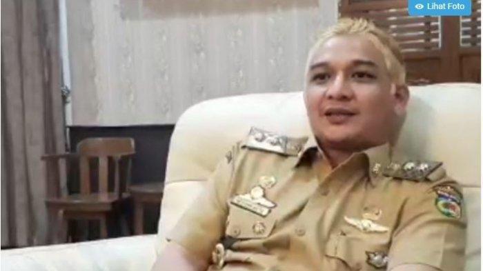 Rambut Pirang Dipadukan Pakaian Dinas, Wakil Wali Kota Palu Jadi Sorotan, Begini Alasan Pasha Ungu