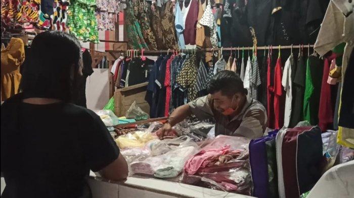 Pasar Tutup Cepat, Pedagang di Pasar Tradisional Siau Terpaksa Banting Harga dan Kreditkan Barang