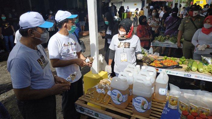 Pedagang Tradisional Tahuna Pakai QRIS, Bupati JEG Cerita Latar Belakang Pastane