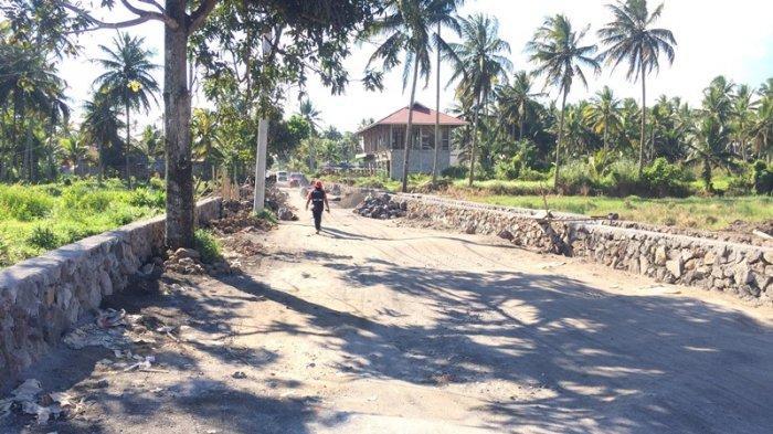 Masyarakat Diajak Ikut Awasi Pekerjaan Jalan Raya Tombatu - Silian di Minahasa Tenggara