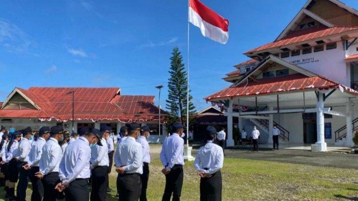 Sekda Talaud Dr Johanis Kamagi Beri Pembinaan Latihan Dasar kepada Peserta CPNS 2021