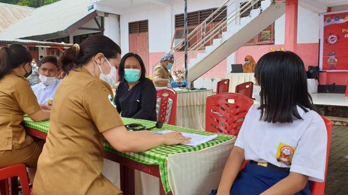Pelaksanaan vaksinasi yang terus dilakukan pemerintah daerah bersama pihak-pihak terkait.