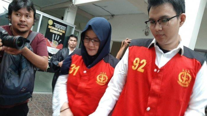 Dua terdakwa pembunuhan, Aulia Kesuma dan Geovanni Kelvin, di Pengadilan Negeri Jakarta Selatan, Senin (10/2/2020).